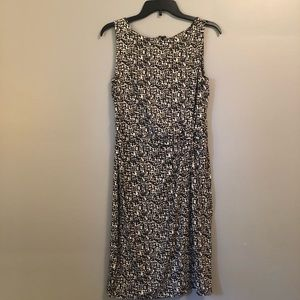 Super soft and chic Ann Taylor dress!